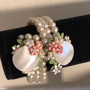 Vintage Triple Strand Pearl Bracelet With Flowers